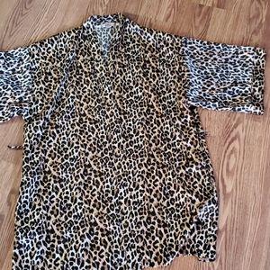 Victoria secrets leopard robe os
